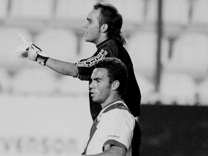 Damián, en un partido con el Rápido de Bouzas ante el Rayo Vallecano.
